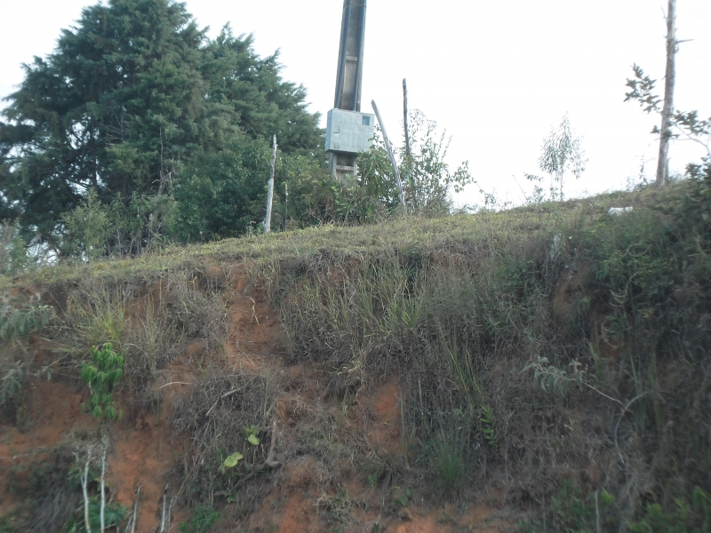 Sandra Reis Imóveis - Casa, Faz. 5 Km de Lambari - Foto 2